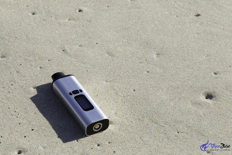 WOW Portable Vaporizer on the beach