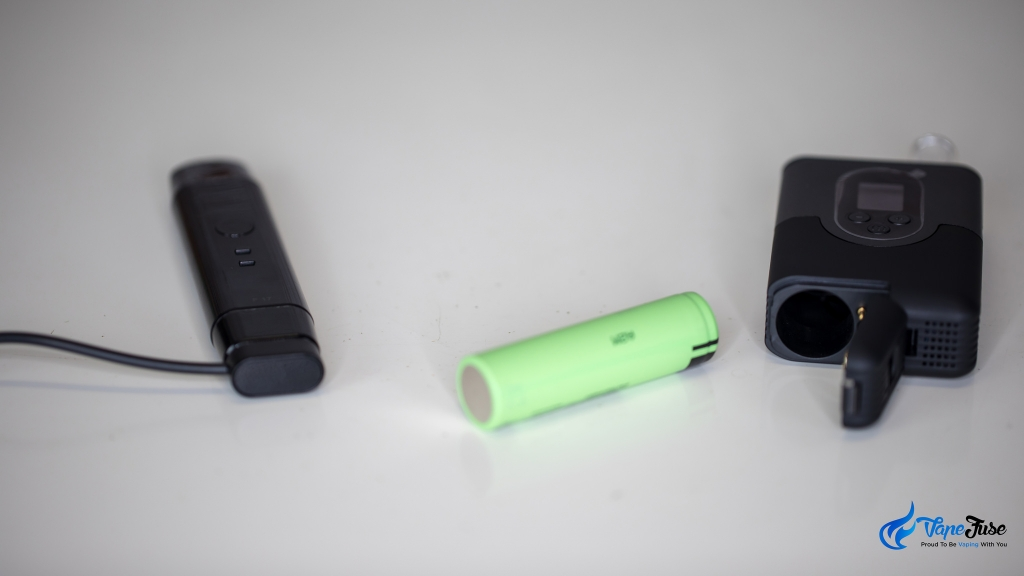 CloudV F17 vs Arizer ArGo - charging and batteries