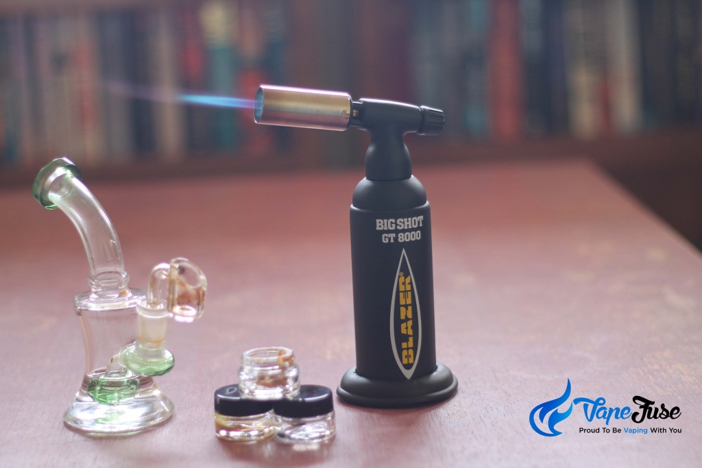 dabbing concentrates torch