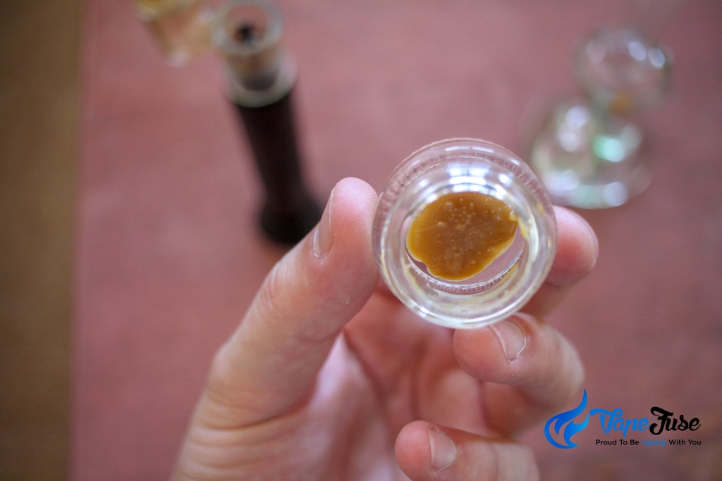 dabbing concentrates shatter