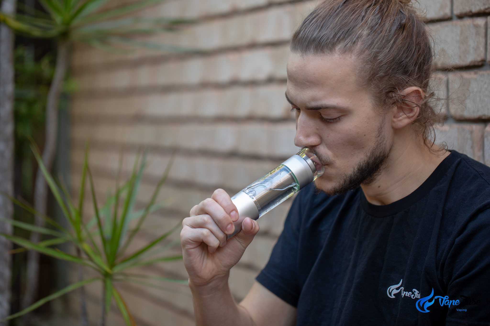 First Session: Hydrology9 Portable Herb Vape by Cloudious9