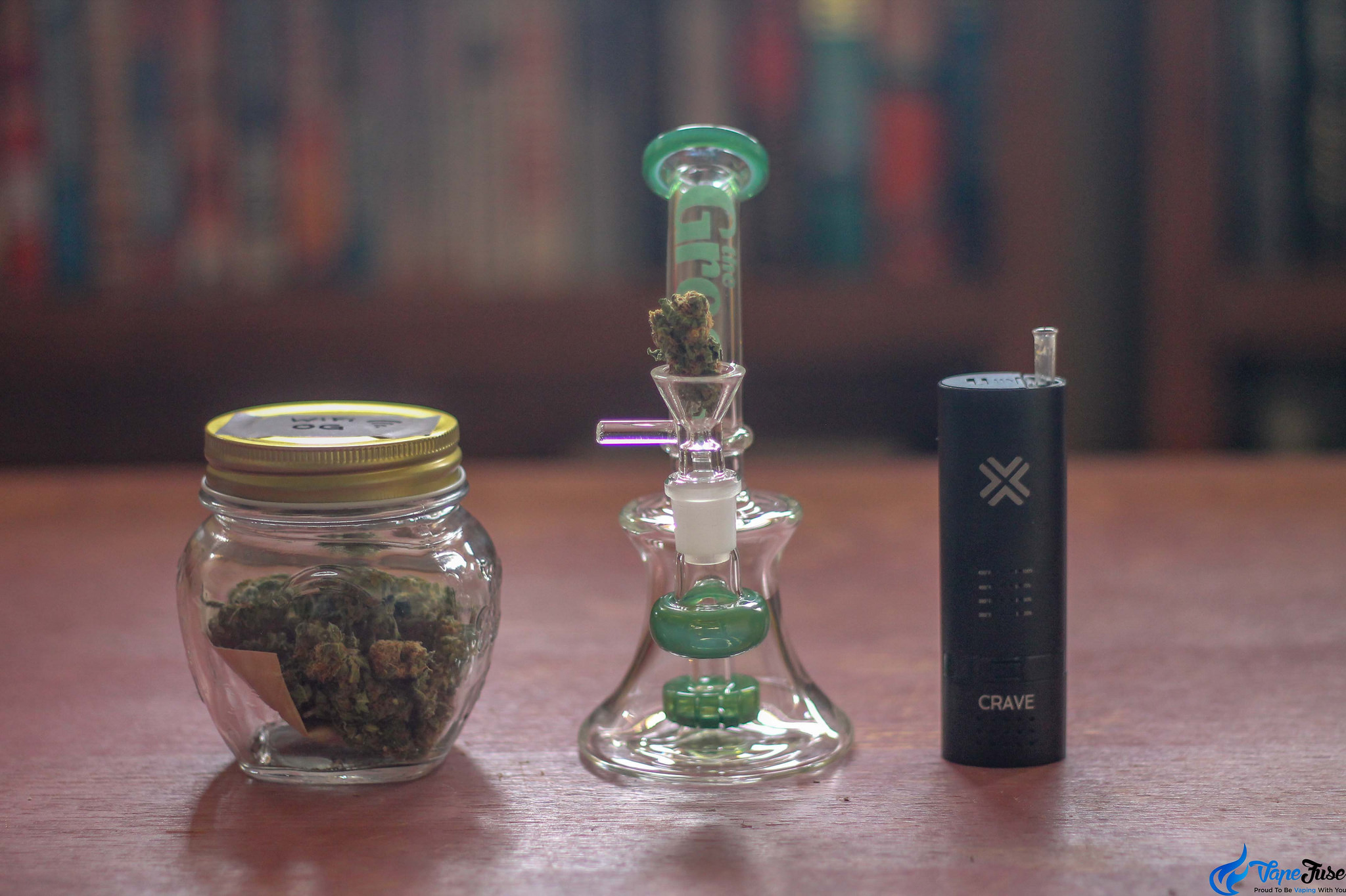 Dry Herb Vaporizers VS Bongs – Which is Better?