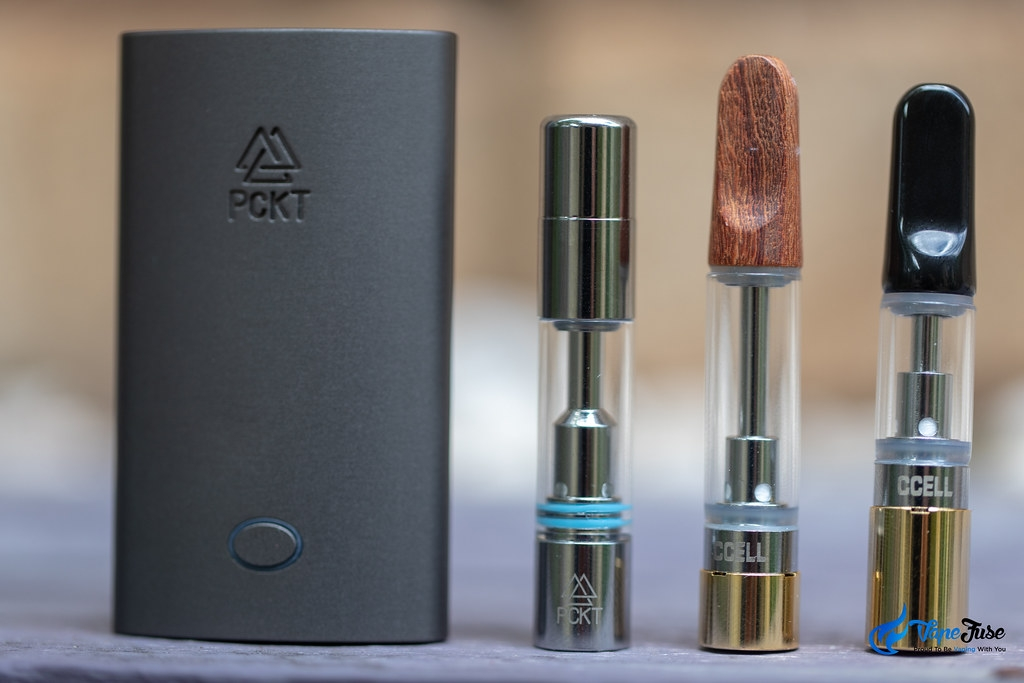 PCKT One Plus, SPRK and CCell cartridges with PCKT magnetic adapters